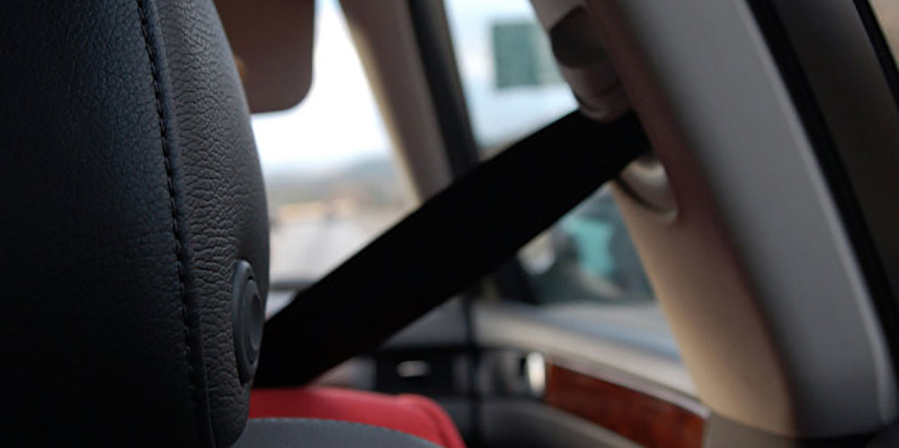 Почему нужно пристегиваться ремнями безопасности
